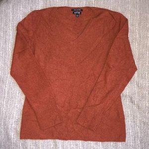 APT. 9 100% Cashmere Rust V-neck Sweater Sz. L